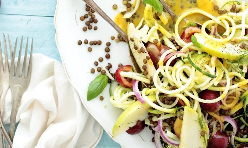 salata de zucchini spiralati